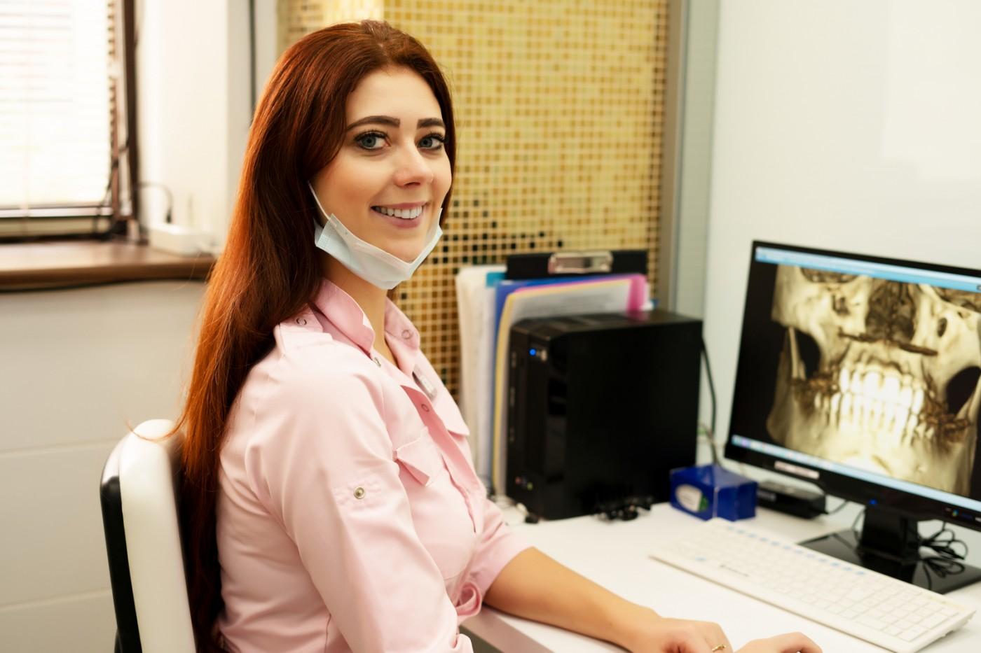 De ce tomografie dentară şi nu radiografie dentară?